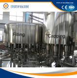 máquina que capsula de relleno de levantamiento de la botella de agua mineral 3in1