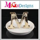De mooie Ceramische Houder van de Juwelen van de Ring Manier Gevormde