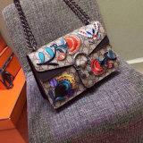 工場販売のブランドの方法ハンドバッグ袋重い刺繍されたレトロの民俗様式の刺繍タケ袋のかわいく小さい蜂のスパンコールの女性袋
