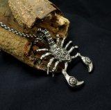 Acero inoxidable punky pendiente del estilo 316L del collar de los hombres del escorpión