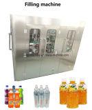 Remplir le verre bouteille en plastique boisson de jus de fruits de la production d'emballage de traitement de la ligne de remplissage