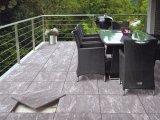 ポルトガルの装飾の花こう岩の一見を用いる屋外の床タイル