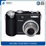 新式の安いデジタルカメラのシェル、カメラハウジング