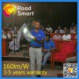 L'alto lumen IP65 impermeabilizza l'indicatore luminoso alimentato solare del banco LED della via