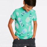 관례에 의하여 인쇄되는 소년 t-셔츠