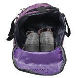 La spalla trasporta il sacchetto di calcio del sacchetto per gli sport esterni
