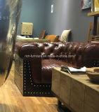 Qualitäts-Weinlese-Leder-klassisches Chesterfield-Sofa für Wohnzimmer