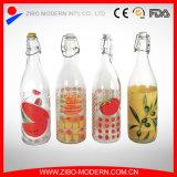 A venda por atacado projeta os frascos de vidro de 1 bebida do litro para beber