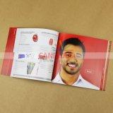 Impression gentille de livre de catalogue avec graver UV d'endroit de languettes