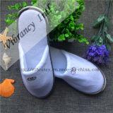 Personalizar o novo estilo de venda quente Hotel chinelos fabricados na China é Hotel Chinelos