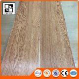 Del tablón ligero del roble del uno mismo del palillo del pegamento azulejos de suelo de madera del vinilo del PVC del resbalón no
