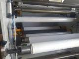 Machine feuilletante d'enduit adhésif collant de papier pour étiquettes