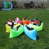 膨脹可能なLoungerの空気ソファーの位置袋のキャンプのスリープの状態であるソファー