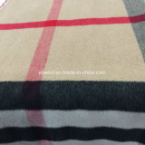 Шинель ткани шерстей проверки типа барберри