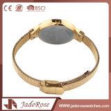 Redonda forma de acero inoxidable de nuevo reloj de pulsera de cuarzo