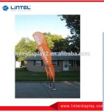 屋外の飛行の羽の旗のフラグ