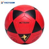 لطيف ينظر حمراء وسوداء متحمّل يصمّم كرة قدم