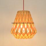 Luz de madeira creativa de montagem fácil do pendente da decoração do diamante