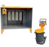 Cabina de la capa del polvo con el arma de aerosol