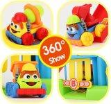 1432520-Children refrescan el conjunto del juguete del estacionamiento