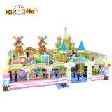Campo da giuoco molle dei castelli poco costosi stabiliti dei treni del gioco di bambini