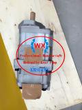 Véritable Komatsu Wa450-1. Wa470-1 Pompe à engrenage hydraulique de chargeur sur roues: 705-12-37010 La machinerie de construction pièces de rechange