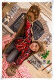 Bruine het hout draagt Wearable Deken Met een kap