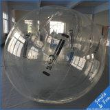 Diámetro de la bola los 2m del agua que recorre de Zorb del agua inflable de la bola con Alemania Tizip y material TPU0.8mm