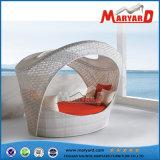 現代PEの藤の庭の家具の寝台兼用の長椅子