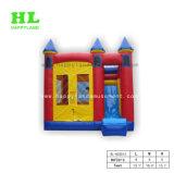 Salto de castillo inflable con tobogán y obstáculo