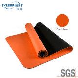 De Mat van de Yoga van de Oefening van de Gymnastiek van de Geschiktheid van de Laag TPE 6mm van de anti-scheur met het Dragen van Riem