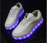 USB Recharge를 가진 2016 새로운 Fashion 및 Hot Sale LED Shoes