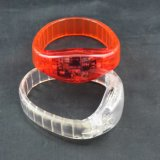 最も新しいMotionおよびSound LED Flashing Bracelets
