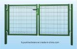 Cancello rivestito della rete fissa del giardino dell'euro polvere verde doppio
