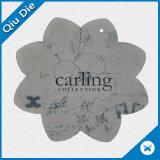 Die Cut Paperboard Rótulos de papel para vestuário com forma de flor