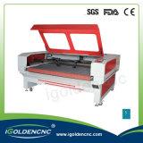 Вырезывание и гравировальный станок лазера автоматического питания используемые для софы ткани вырезывания