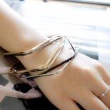Três pulseira dos braceletes do quadrado da mistura das cores ajustadas