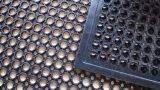 Essence à l'huile Drainage Cuisine Tapis d'évier en caoutchouc, sol en caoutchouc confortable