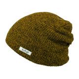 Kundenspezifischer bunter Flexfit Slouchy Beanie-Hut mit gesponnenem Kennsatz