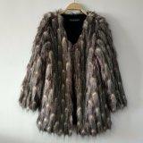 ジャカードによって編まれるのどの孔雀の毛皮のコートOurwear