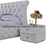لوحة رأسيّة بيضاء تضمينيّة خصّل جلد تخزين ينجّد سرير