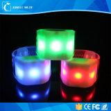 Grande braccialetto attivato del PVC suono LED di formato