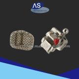 Uno mismo ortodóntico que liga paréntesis del metal con 12345hooks los fabricantes China