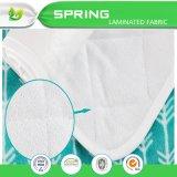 洗濯できる皮友好的な赤ん坊旅行変更のパッドのはさみ金によって輪郭を描かれる変更のパッドはさみ金