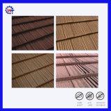 Colorida Cascajos de madera recubierto de Teja metálica para materiales de construcción