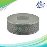 휴대용 1장의 무선 비용을 부과 및 시계 Bluetooth 무선 충전기 스피커 Displayer 붙박이 Mic에서 3D 입체 음향 음악 3