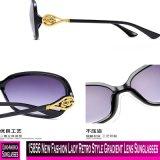 15856 neue Sonnenbrillen der Form-Dame-Retro Style Gradient Lens
