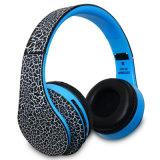 Auriculares coloridos estéreos sin hilos plegables al por mayor de Bluetooth