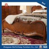 トンコワンRui Fu Xiangの家具の工場からのB268cの手によって切り分けられるクイーンサイズのベッド