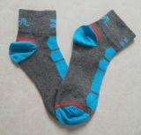 La elite del baloncesto de los hombres calcetines de deporte personalizados Mayoreo